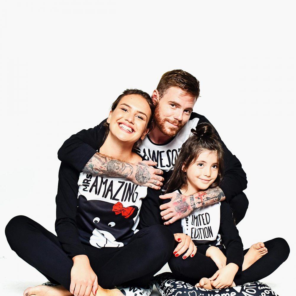 3000700S-family-matching-pajamas-awesome-amazing-familysta
