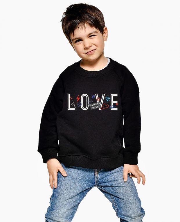Kids Sweatshirt LOVE WINS