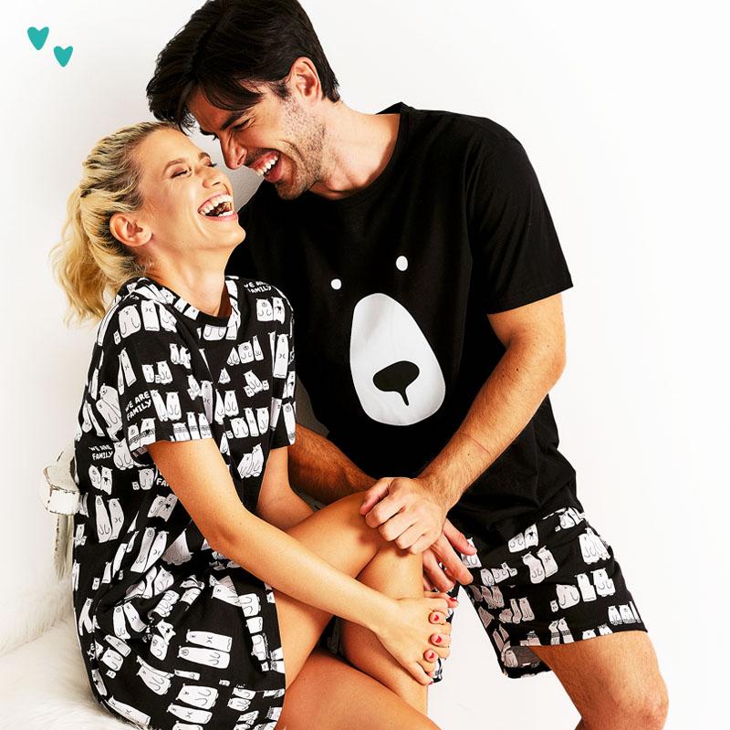 Влюбена двойка по пижами